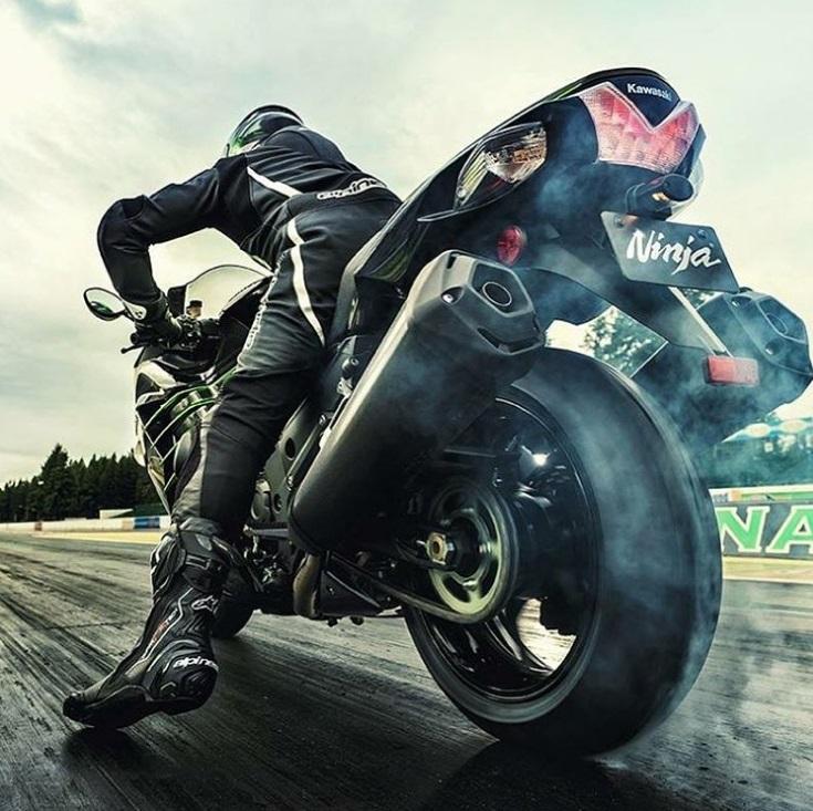 Dicas para viajar de moto no inverno (Foto: @hedonist_ridez)