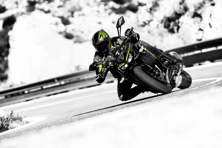 Kawasaki lança modelo Z1000 R Edition e complementa linha Z com versão exclusiva