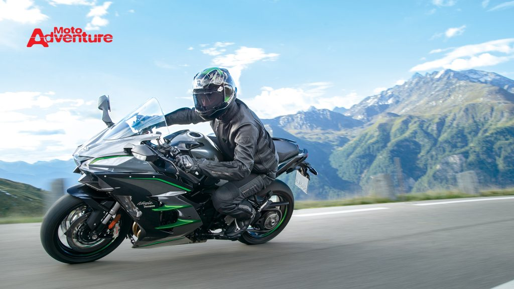 Kawasaki Ninja H2 SX SE+ chega ao Brasil
