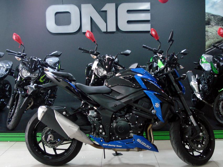 Suzuki, GSX-S750A, super-esportiva, naked, potente, 750 cc